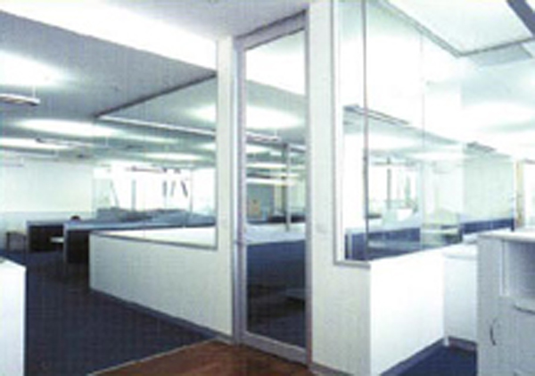 Gypsum Partitions With Glass : Ergonomic office workstations melbourne